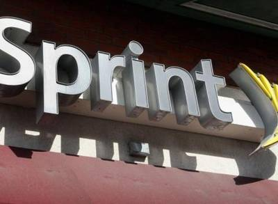 News video: Sprint: Existing Customers Can Lease An IPhone 6 For $5 A Month